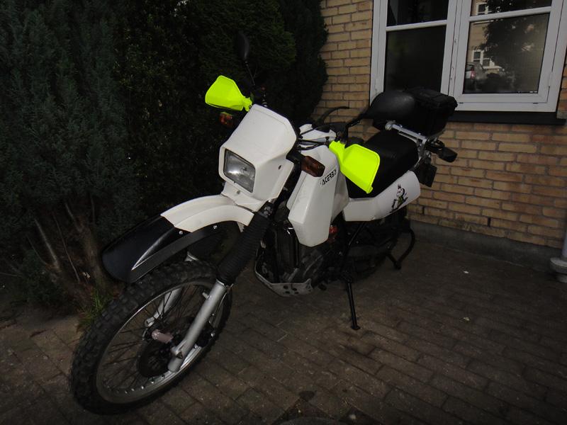 Nice Neon Spray Paint For Plastic Part - 5: Adventure Rider